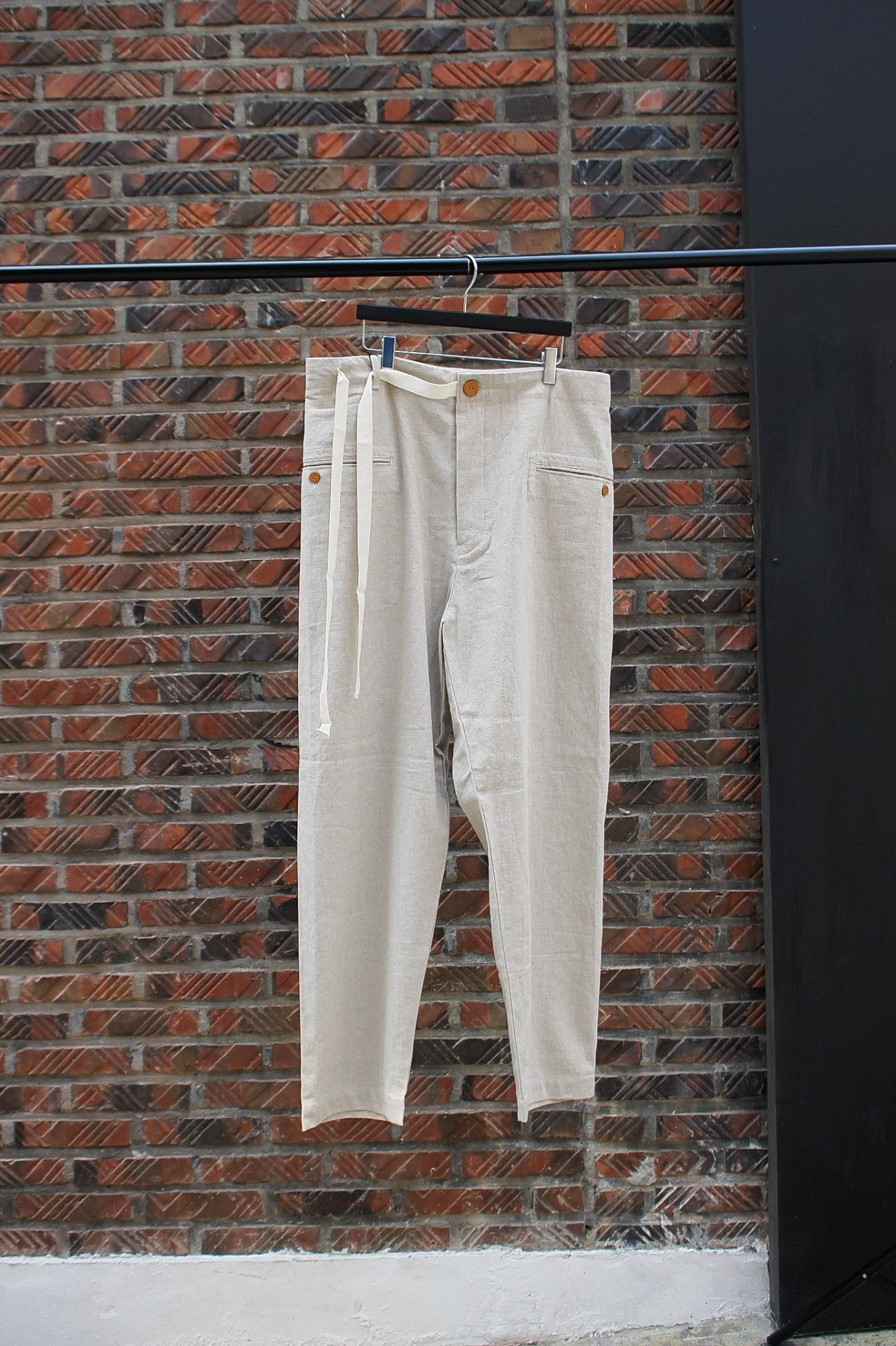 [EASY TO WEAR] Linen Canvas Tapered Pants - Natural