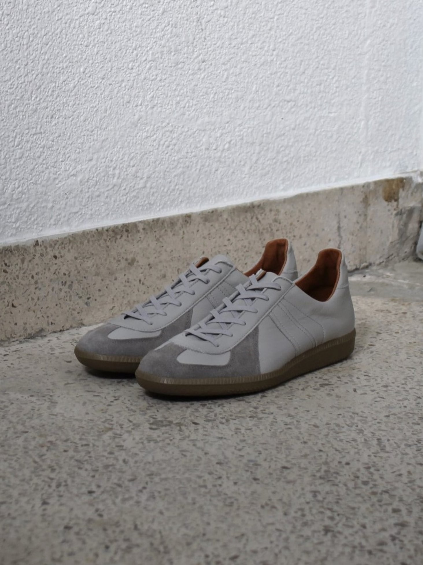 [Reproduction of Found] German Military Trainer 1700L - Light Grey