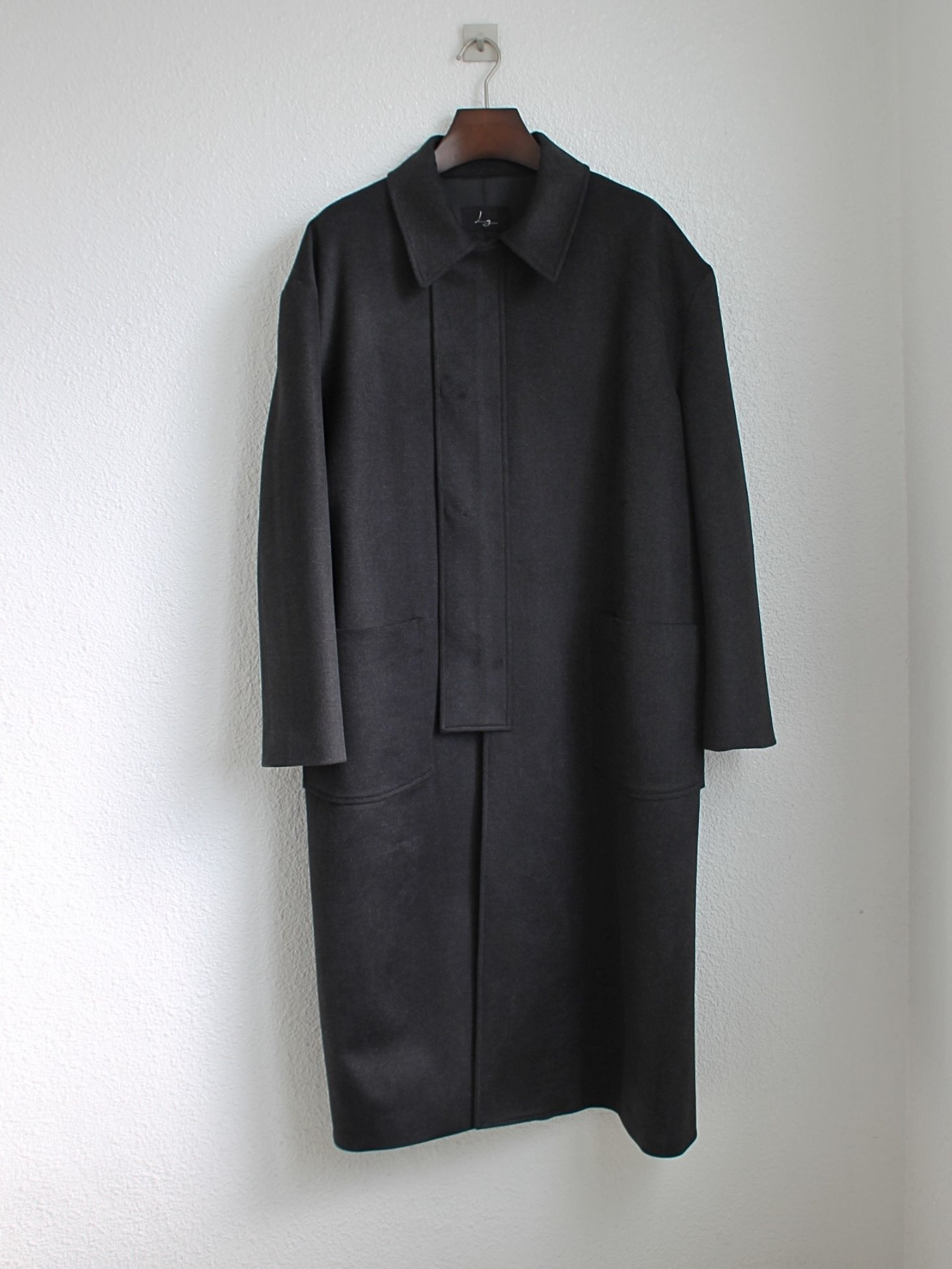 [Log] Oversized Cover Coat - Charcoal