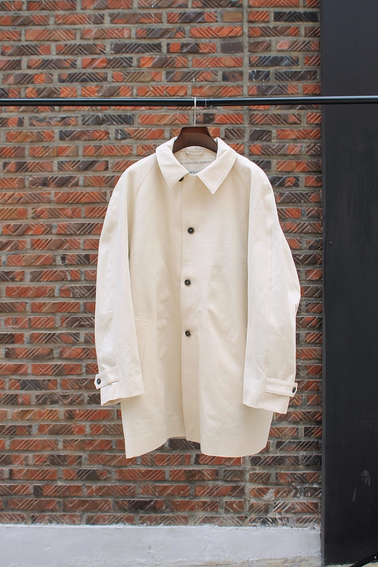 [An Irrational Element] Camera Coat - Natural
