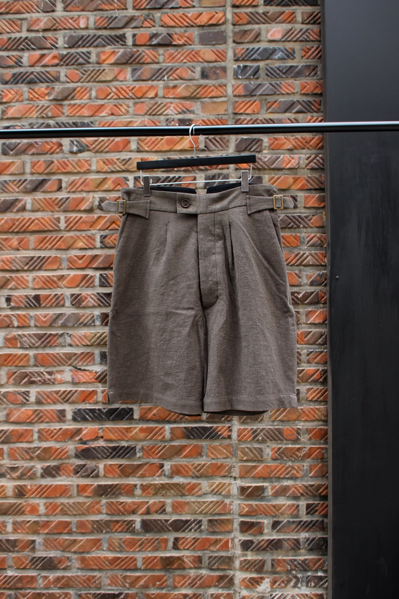 [An Irrational Element] Karl Shorts - Olive